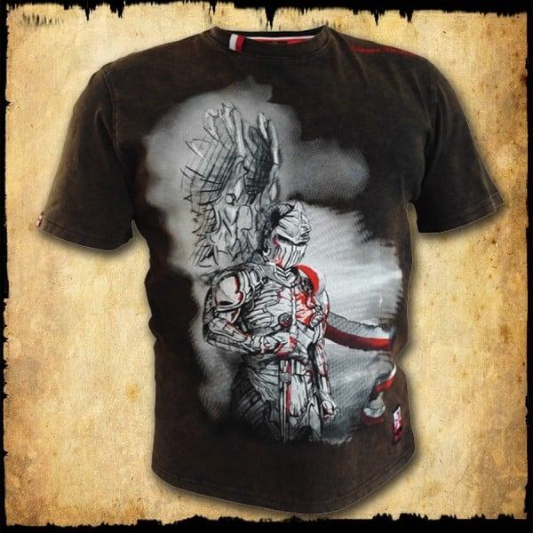 koszulka patriotyczna, męska - husarz futura, brąz spierana przod